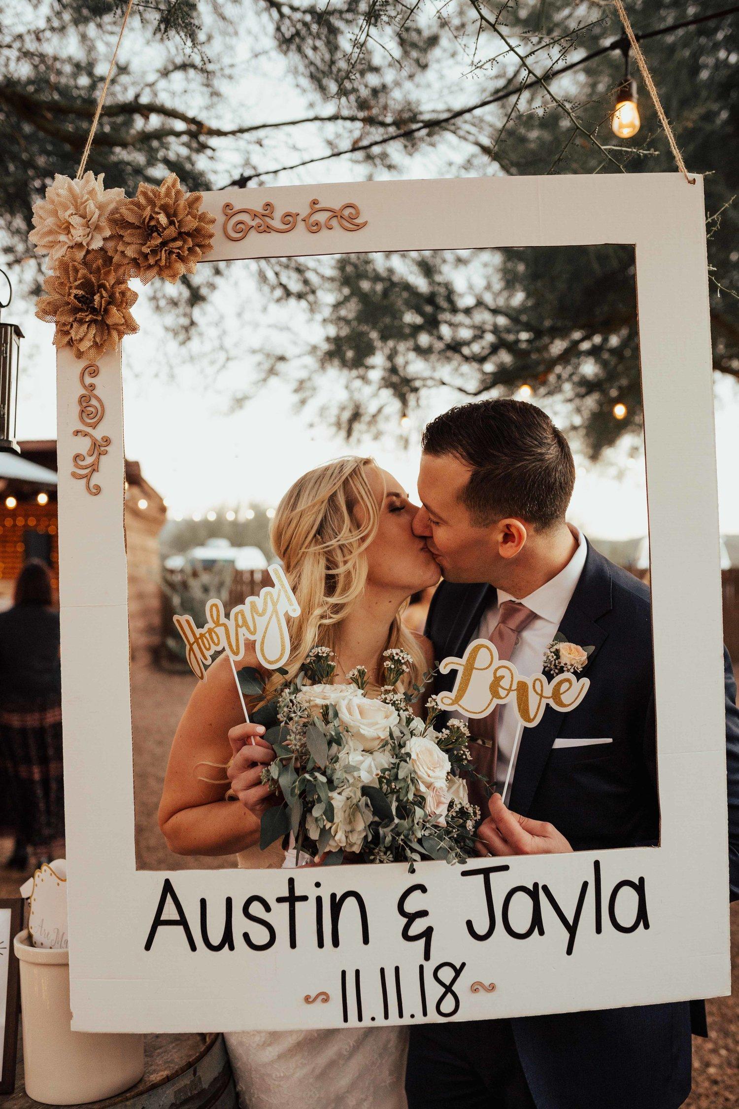 Bruidspaar in polaroid frame