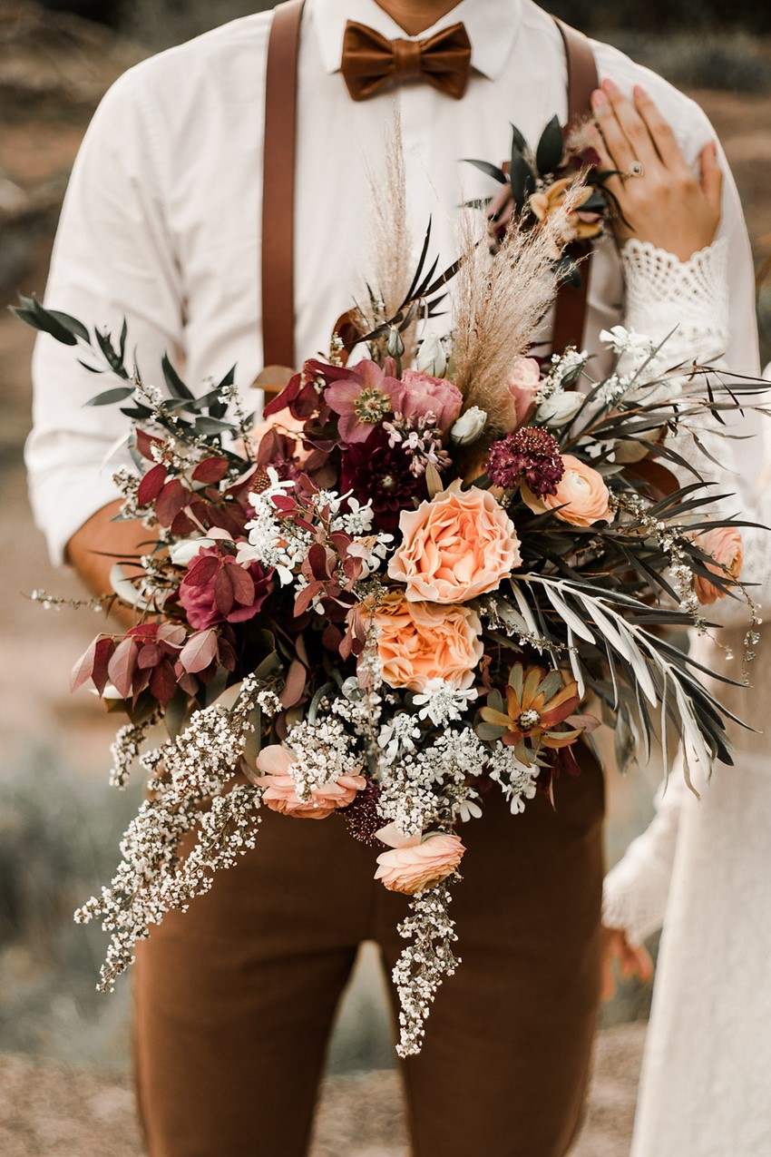 Bohemian bruidsboeket met rozen