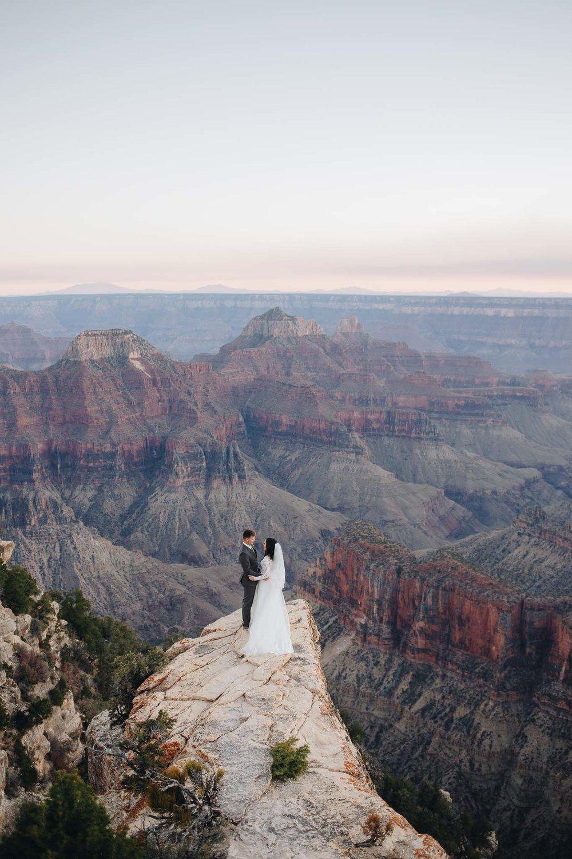 Bruidspaar bij de Grand Canyon