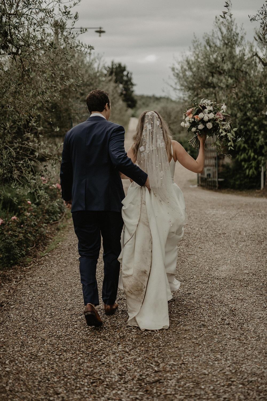 Bruidspaar trouwt in Italië