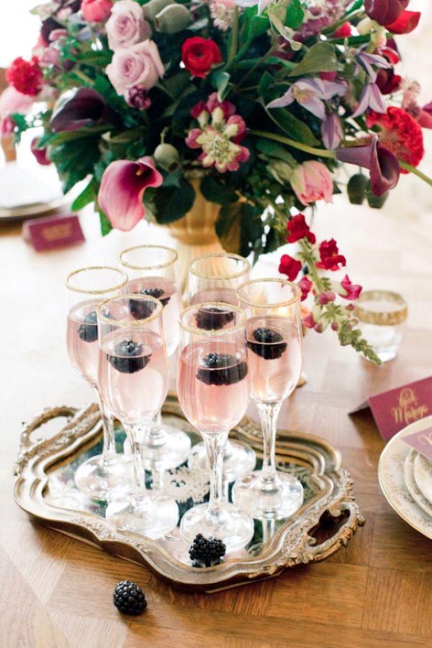 Champagneglazen met suikerrandje