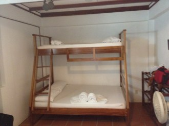 Casa Marabella family room for 5 in Tortuguero village