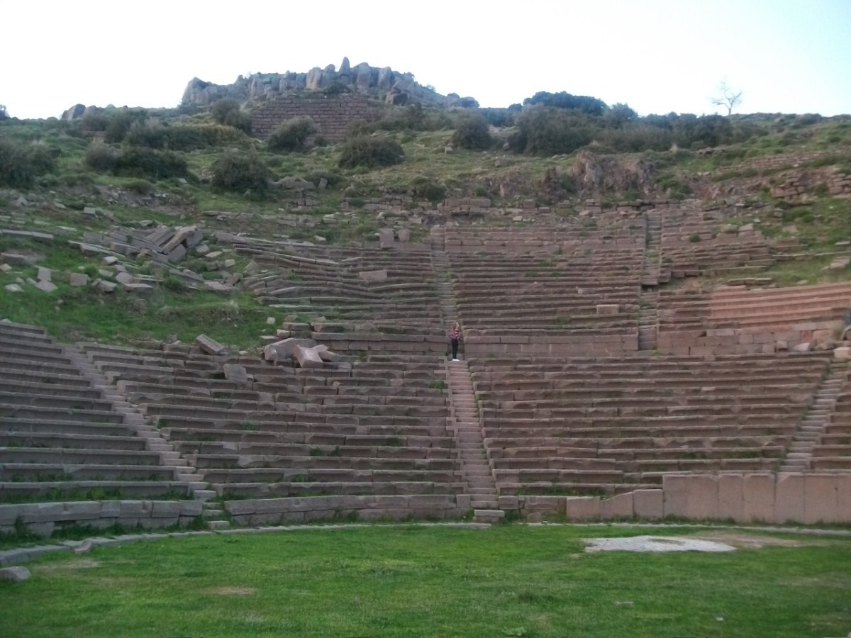 Turkey Tourism: Coliseum Acoustics