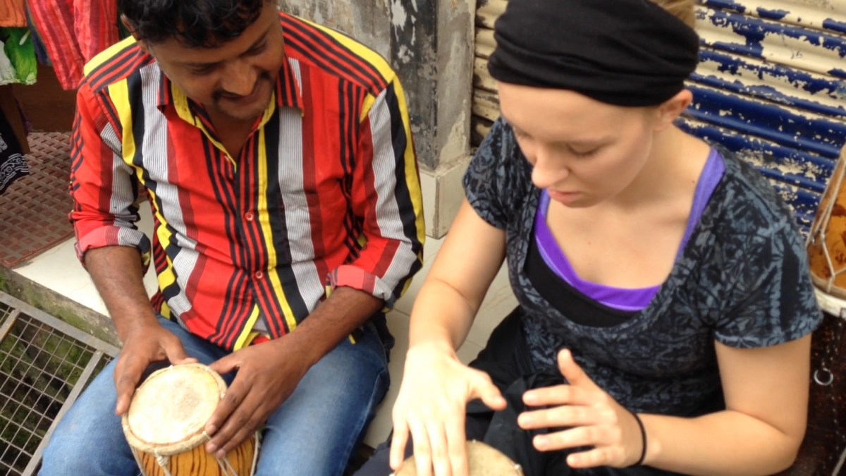 Mcleodganj: Lydi Plays Drums with Drum Salesman, Part II