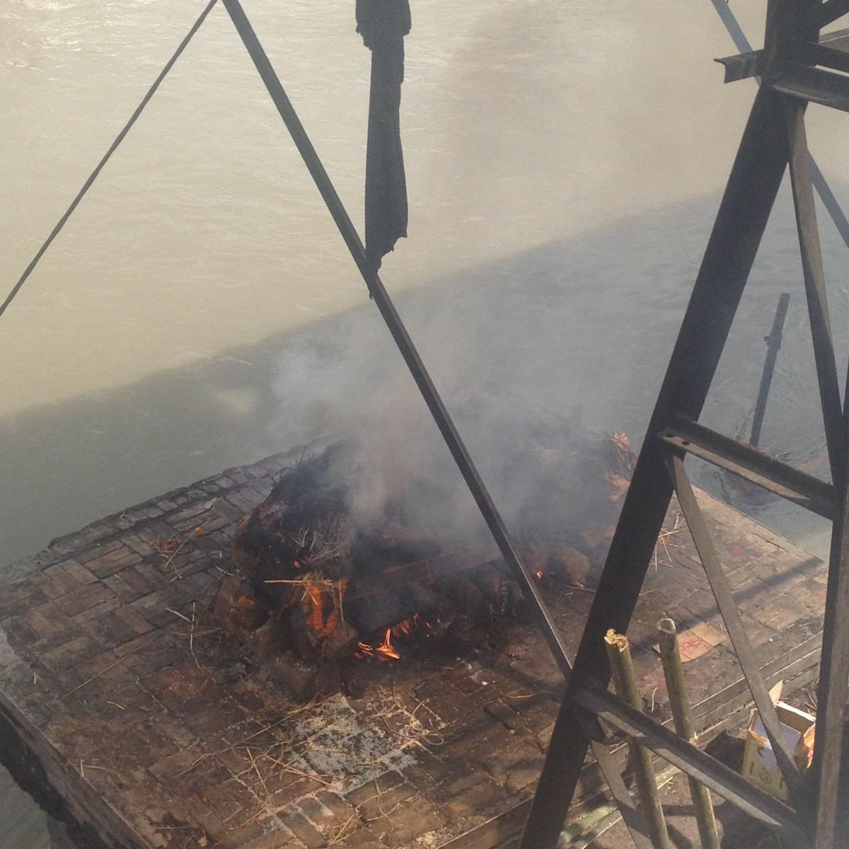 Kathmandu Tourism: Pashupatinath Burning Ghats