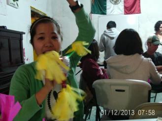 Making Pinatas Escuela Falcon Guanajuato Mexico 19