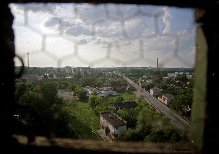 dzielny junaku smutek zwalcz i strach / documentary picture of bridge (Western Kielce)