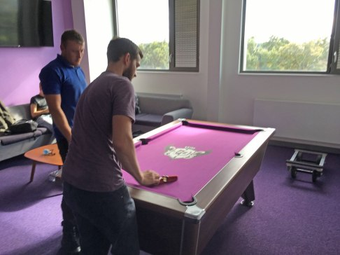 pooltable02