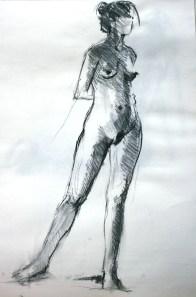 Fabienne debout