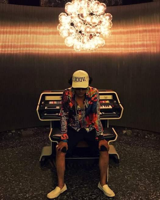 Bruno Mars Look Alike Johnny Rico in Downtown Los Angeles