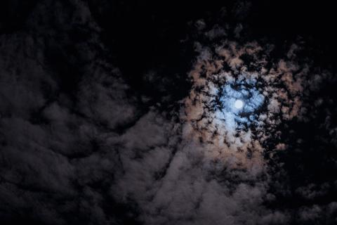 Lunar Halo - 01/09/2013 - Oakville