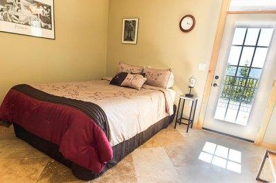 Brush Mountain Lodge Apartment Bedroom