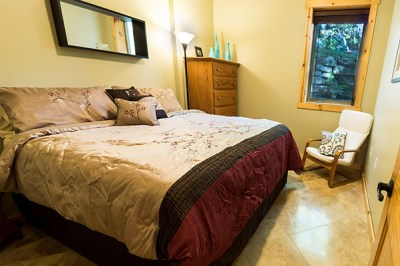 Brush Mountain Lodge Apartment Bedroom