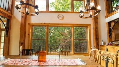 Brush Mountain Lodge Dining View