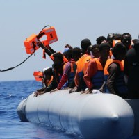 MEPs to open labour market for refugees