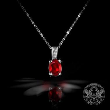 Златен медальон с гранат и диаманти