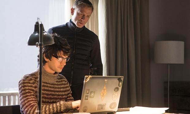 Daniel Craig with Ben Whishaw in Spectre