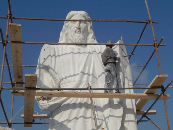 Statue-2-1024x772