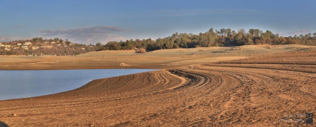 California_drought_Folsom_lake_Pan3