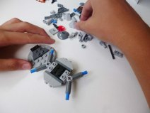 Lego Star Wars Microfighters Homing Spider Droid step 4