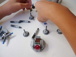 Lego Star Wars Microfighters Homing Spider Droid step 6