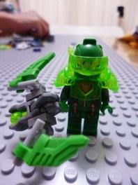Lego Nexo Knights Aaron 9