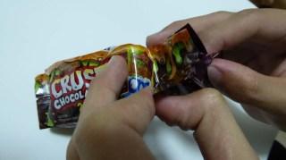 Trash Pack Crusty Chocolate Bar 2