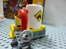 lego-batman-movie-joker-balloon-escape-6