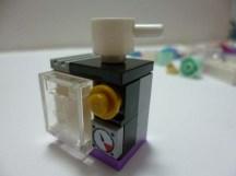 Lego Friends Stephanie 3
