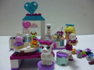 Lego Friends Stephanie 5