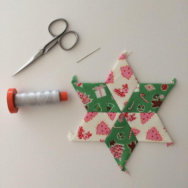 Making EPP Stars with Fabric Scraps {Sizzix Post}