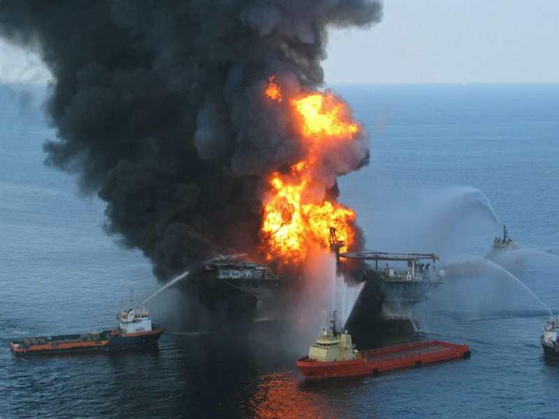 Deepwater Horizon on Fire - 2010
