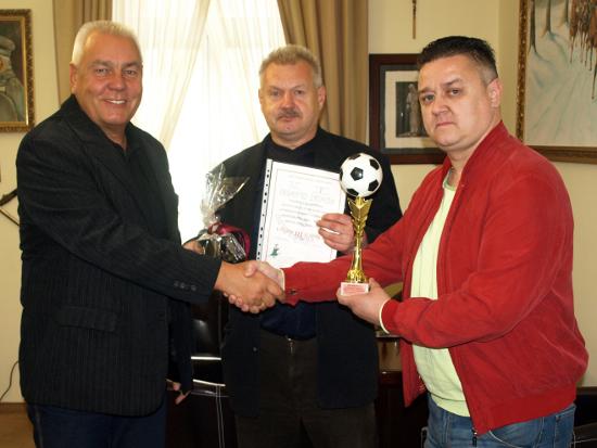 Turniej z okazji 15-lecia Starostwa Powiatowego w Oławie