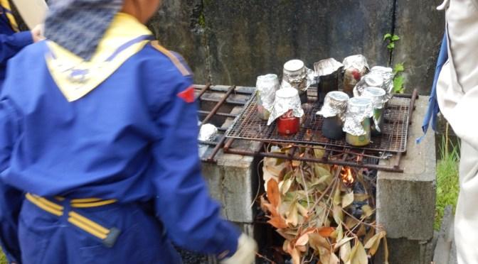 【活動報告】6月25日 野外料理(ピーマン肉詰・缶飯・焼いも・焼きトマト)
