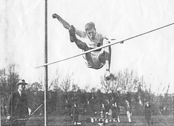 John Pendlebury, High Jump in 1926. Copyright: The British School at Athens