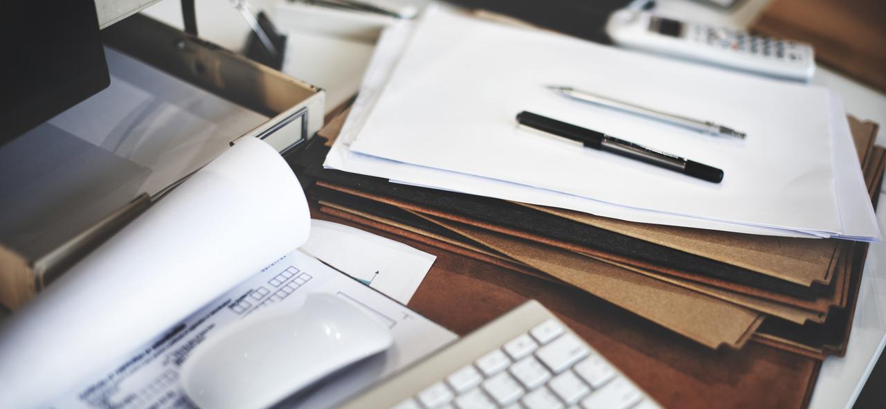 Saiba quais documentos não devem ser jogados fora no final do ano