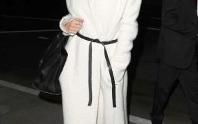 what was she wearing rosie huntington whiteley robe coat 1 1