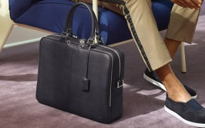 common mistakes nearly all men make with their bags 1
