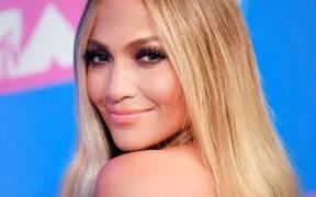rs 600x600 180821100656 600 Jennifer Lopez VMA Best beauty 2018