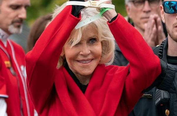 rs x Jane Fonda Arrested JR