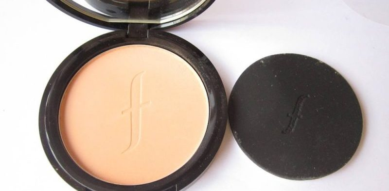 Faces Canada Weightless Stay Matte Compact Review
