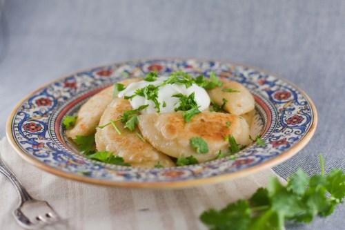 Curry Perogies | bsinthekitchen.com #perogies #dinner #bsinthekitchen