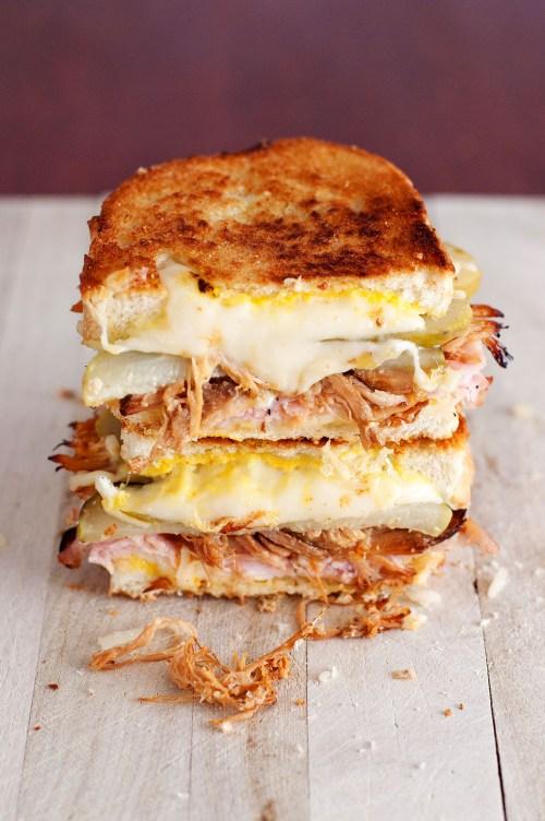 The Cuban Grilled Cheese | bsinthekitchen.com #grilledcheese #sandwich #bsinthekitchen