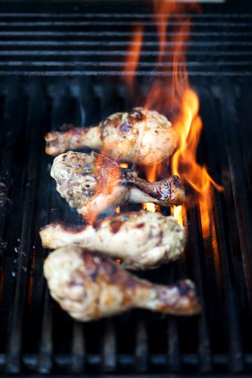 Grilled Lemon & Honey Garlic Chicken | bsinthekitchen.com #barbecue #chicken #bsinthekitchen