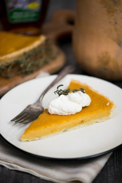 Butternut Squash & Thyme Tart | bsinthekitchen.com #butternutsquash #dessert #bsinthekitchen