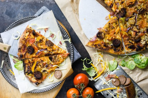 Rustic Italian Pizza | bsinthekitchen.com #pizza #italian #bsinthekitchen