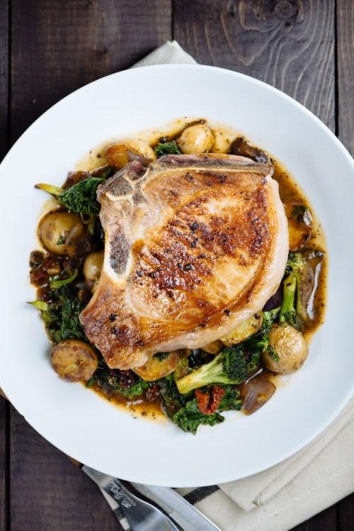 Pan Roast Pork Chop on Potato, Kale, & Broccoli with Pan Gravy | bsinthekitchen.com #pork #dinner #bsinthekitchen