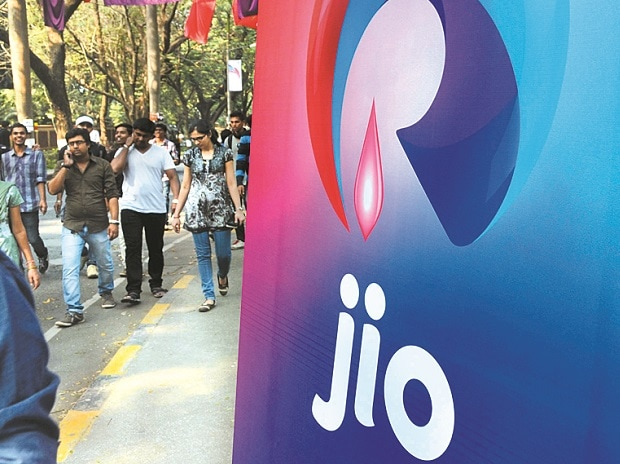 Reliance Jio likely to continue free offers