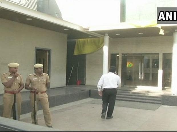 I-T raids on Jaya TV Office