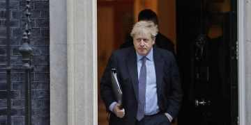 In UK poll pitch, Boris Johnson makes case for scientists from India